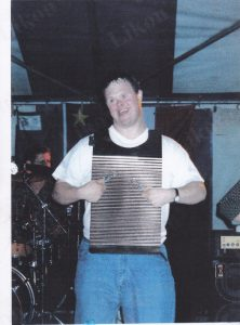 Tor Bay Acadien Society - Ian Pellerin makes his debut as a washboard player