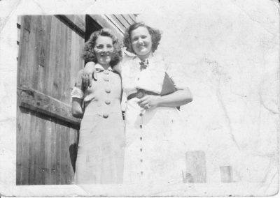 Tor Bay Acadien - Eva (Avery) Pellerin and Rose (Pellerin) McGirr
