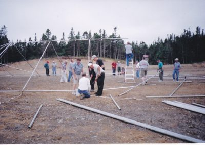 setting-up-big-top-for-festival-Aug-27-2004