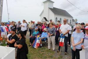 Large crowd witness opening of Place Savalette/Une grande foule assist à l'ouverture de la Place Savalette