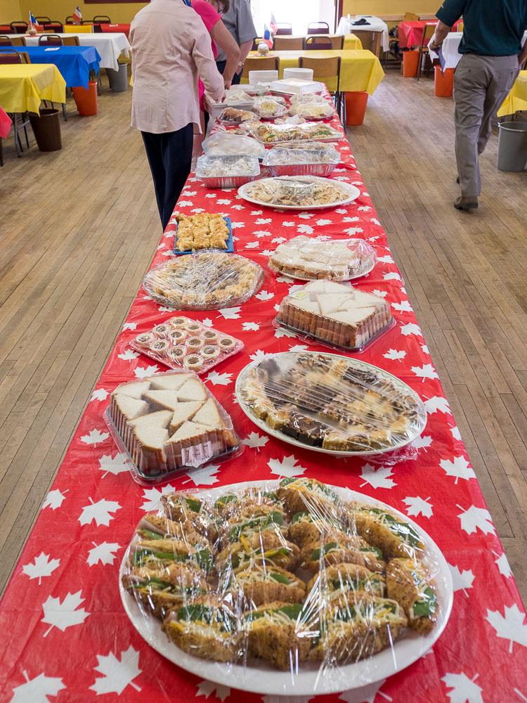 Community Reception/Réception communautaire